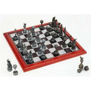Golfer's Polyresin Chess Set featuring 75mm Golf Themed Chessmen-0